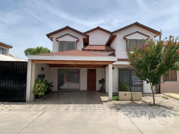 Excelente casa Sector Surponiente,4D/4B, Talca