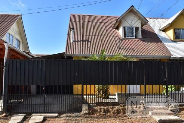 Se vende casa en sector norte, Villa Lomas de Lircay,Talca