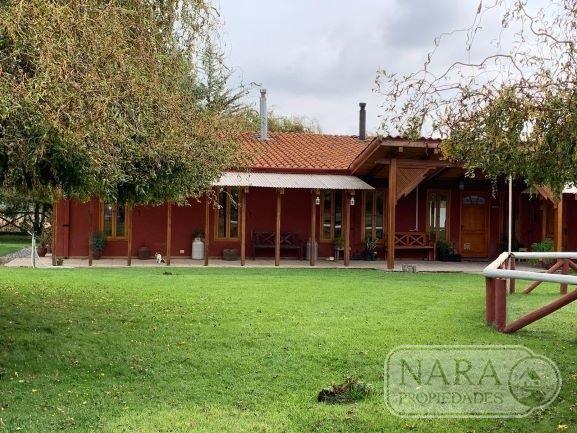 Se vende hermosa casa con parcela de 3 hectáreas, Pelarco